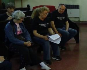 Blanca Gandini, leyendo la carta en el Consejo Consultivo de la Comuna 7.